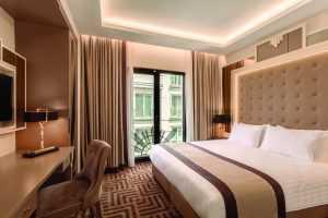 FUE Hair Transplant Turkey Hotel