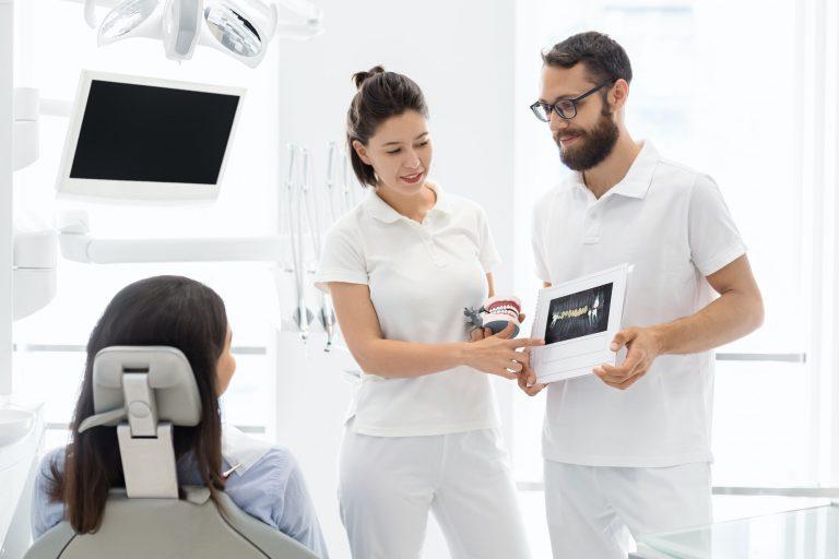 Dental-Implants-vs.-Dental-Bridges